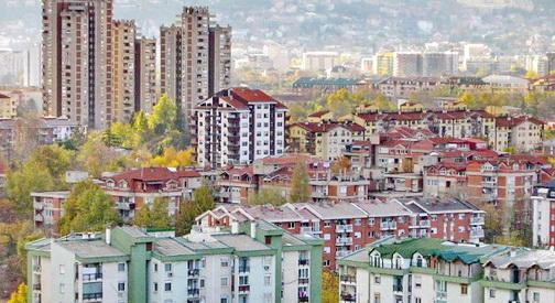 Се засилува падот на цената на становите во Скопје