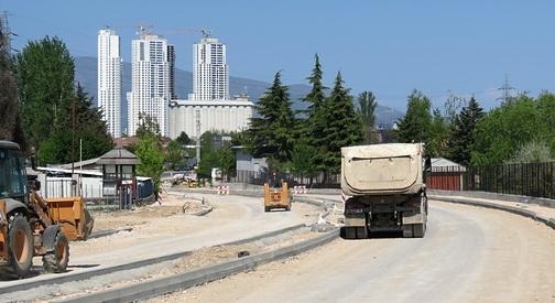 Булеварот Србија пробиен до  последна 24 ка