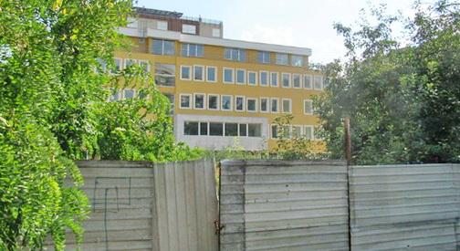 И по пет години од почетокот на изградбата  Карпош нема општинска зграда