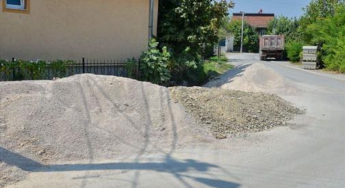 Се реконструираат улиците во Бардовци